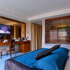 Executive-Room-with-Balcony
