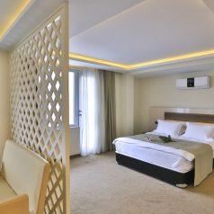 Superior-Room2
